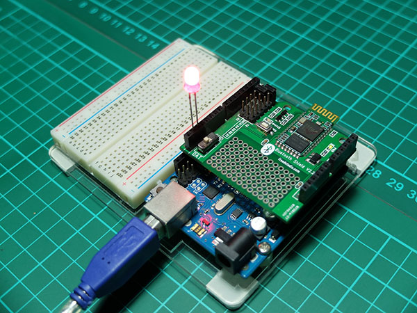 ITEAD Bluetooth Shield with LED On